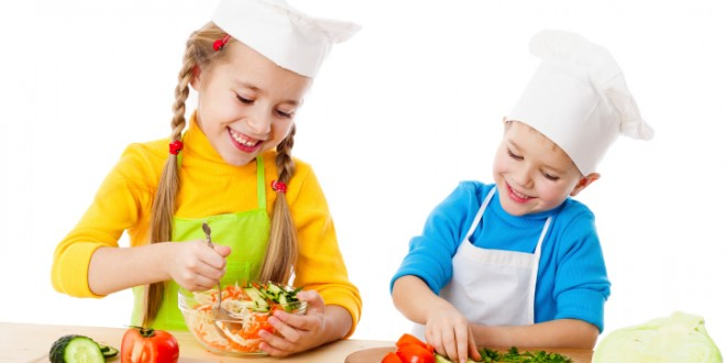 4 Tips to Raise Extremely Healthy Kids & Prevent Childhood Obesity