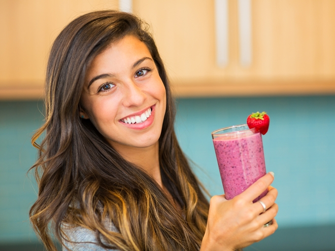 Though it may seem as simple as handing out a lecture, we all know that it's going to take more convincing than that. Here are a few ways to help your teen make a plant-based diet transition.