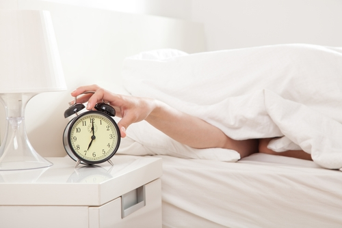 There may be a correlation between bedtime, heart health and mood.
