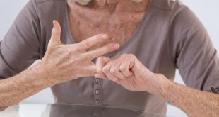 Here are a few natural ways to cope with arthritis pain during the winter.