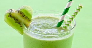Here are a variety of juices, snacks and sweets to make for St. Patrick's Day.