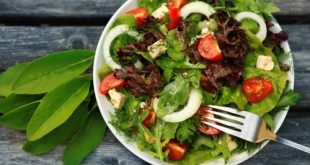 Looking for new, interesting and delicious ways to make use of your fresh produce this season? Here are a few springtime salad recipes you can try.