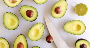 Here are a few health benefits of avocado seed, plus the proper way to eat and prepare it.