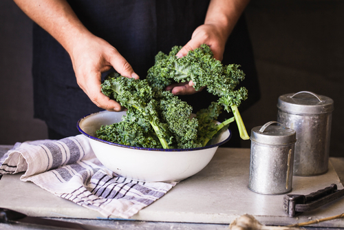washed kale in bowl