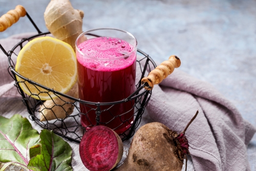 beetroot juice with ginger and lemon