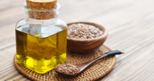 Flax seeds and oil in bottle